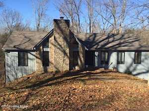 1209 Pebble Point Goshen, KY 40026