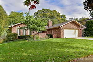 1120 39th St Downers Grove, IL 60515