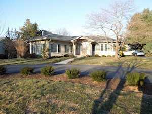 1211 Lakewood Drive Lexington, KY 40502