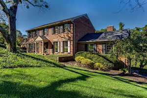 706 Daneshall Dr Louisville, KY 40206