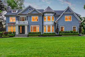 73 Edgewood Rd Summit, NJ 07901