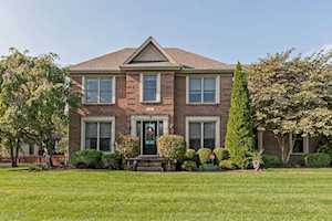 4002 Spring Mill Pl Louisville, KY 40245