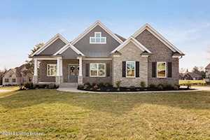 3002 Gloryview Ct Crestwood, KY 40014