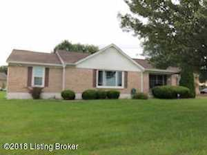 1480 Chapeze Ln Shepherdsville, KY 40165