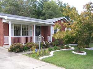 4610 Estate Dr Louisville, KY 40216