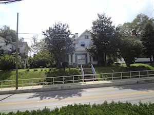 138 W Lexington Avenue Winchester, KY 40391