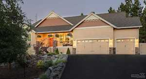 1121 Foxwood Bend, OR 97703
