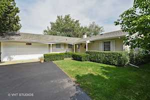 1523 Kaspar Avenue Arlington Heights, IL 60004