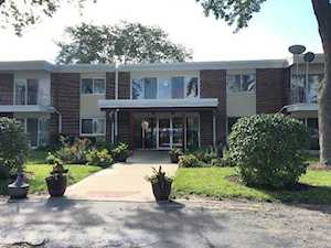 127 WOLF Road #49B Wheeling, IL 60090