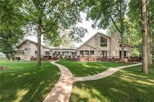 4957 Fall Creek Road Indianapolis, IN 46220