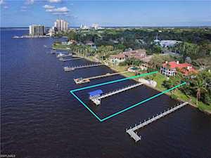 2490 Mcgregor Blvd Fort Myers, FL 33901