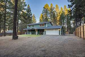 19262 Shoshone Road Bend, OR 97702