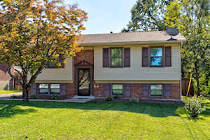 4214 Sirate Ln Louisville, KY 40229