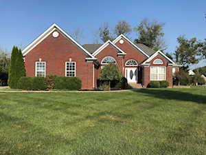 325 Kingswood Dr Taylorsville, KY 40071