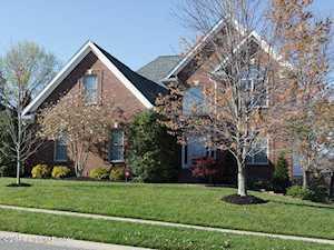 3907 Woodmont Park Ln Louisville, KY 40245