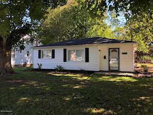 4931 Graston Ave Louisville, KY 40216