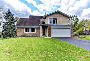 1341 Oak Hill Rd Downers Grove, IL 60515