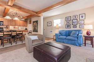 2443 Sierra Nevada La Residence IV door N-2 Mammoth Lakes, CA 93546