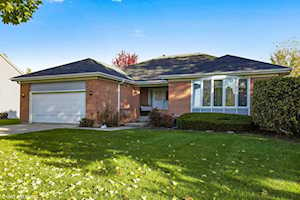 1157 Dovercliff Way Crystal Lake, IL 60014