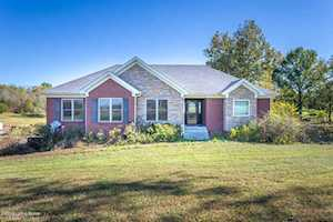627 Goose Creek Ct Taylorsville, KY 40071