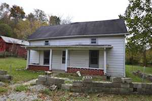 6837 Irvine Road Winchester, KY 40391