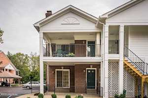653 Breckenridge Ln Louisville, KY 40207