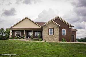 21 Scarlet Ct Fisherville, KY 40023