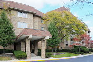 1250 Rudolph Rd #1A Northbrook, IL 60062