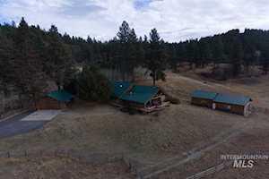 1810 Pine Lakes Ranch Cascade, ID 83611