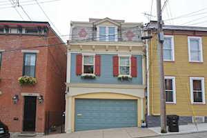 1116 Carney Street Cincinnati, OH 45202