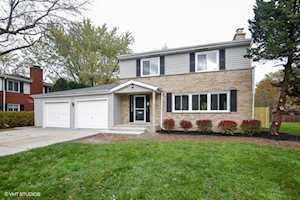 227 Pine St Deerfield, IL 60015
