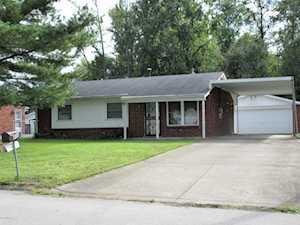 504 Glengarry Dr Louisville, KY 40118