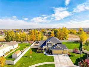 1746 N Windsor Park Ct. Middleton, ID 83644
