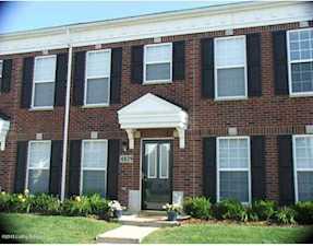 6829 Arbor Creek Dr Louisville, KY 40228