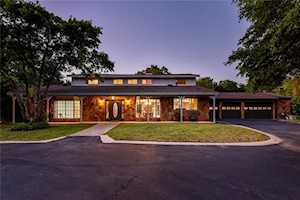 708 Split Rail Trl West Lake Hills, TX 78746