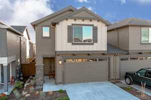 63138 Meridian Place Bend, OR 97701