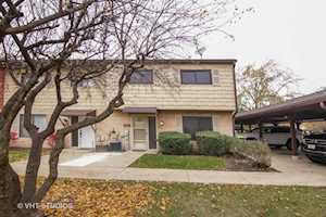 540 W Lodge Trl #L Wheeling, IL 60090