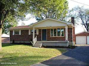 7200 Aurora Dr Louisville, KY 40214