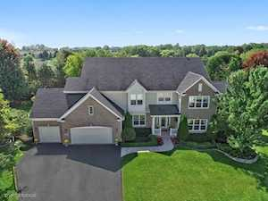 1074 OMalley Court Lake Zurich, IL 60047