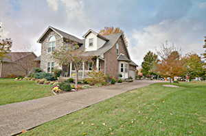 7405 Crabtree Dr Louisville, KY 40228