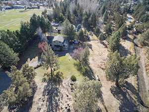 64975 Hunnell Road Bend, OR 97703