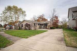9707 Chetwood Ct Louisville, KY 40291