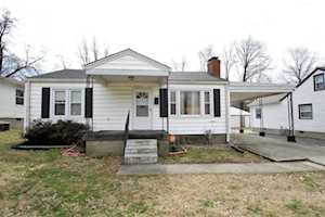 2218 Cottage Ln Louisville, KY 40216