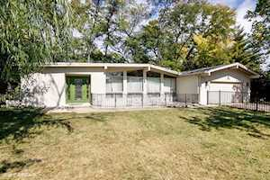 216 Shady Ln Downers Grove, IL 60515