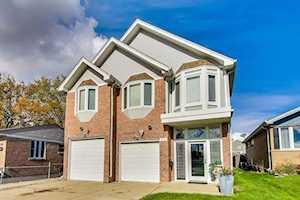 319 E Butterfield Rd Elmhurst, IL 60126