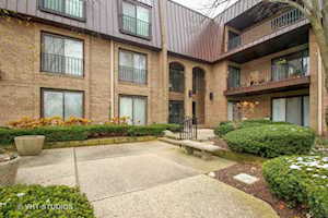 2 The Court of Harborside Ct #308 Northbrook, IL 60062