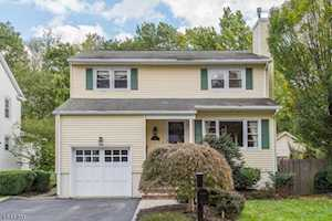 17 House Rd Morris Twp., NJ 07960