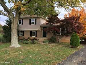 10501 Yager Ct Louisville, KY 40241