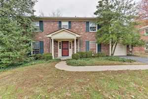 2310 Mohican Hill Ct Louisville, KY 40207