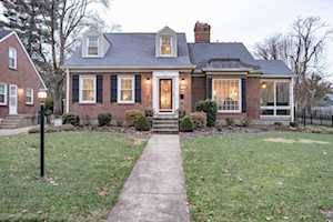 3429 Hycliffe Ave Louisville, KY 40207